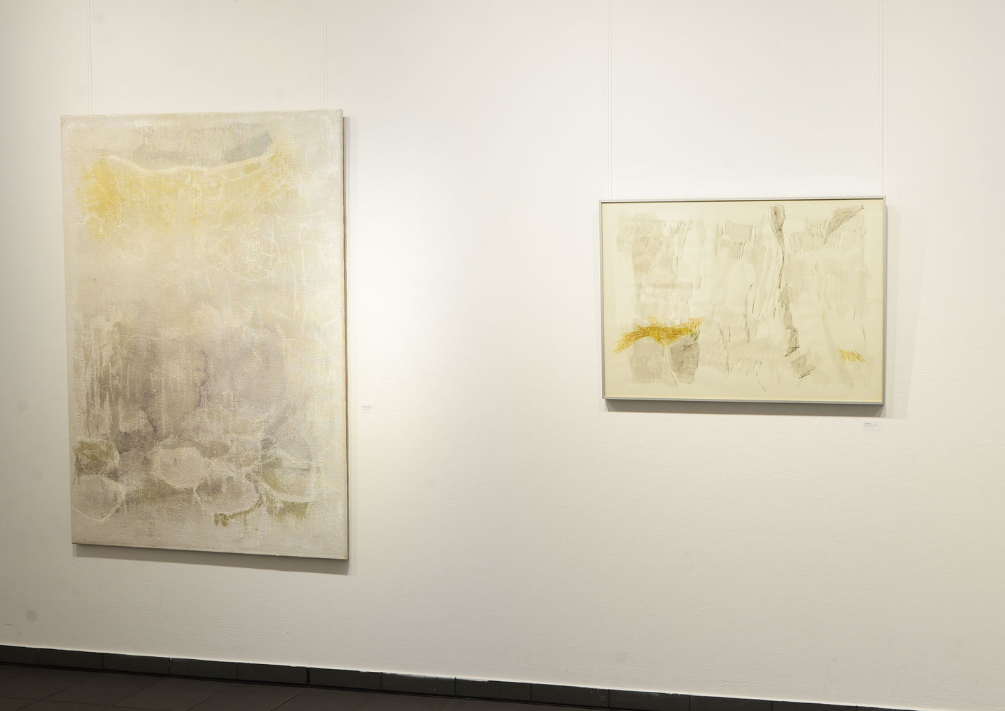 links-Tuschemalerei, Aquarell-auf-Jute_rechts-Tuschemalerei+Kreide
